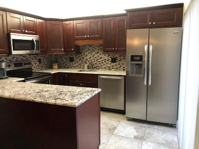 Deerfield Beach Townhouse For Sale: 2921 SW 11 Place