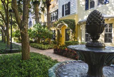West Palm Beach Townhouse For Sale: 352 Bromeliad