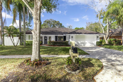 Jupiter Single Family Home For Sale: 18900 Misty Lake Drive