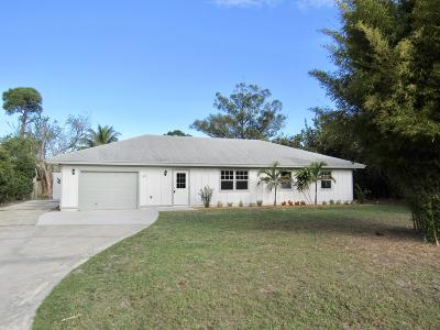 Hobe Sound Single Family Home For Sale: 5683 SE Orange Blossom Trail