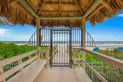 Singer Island Condo For Sale: 3920 Ocean Drive #2a