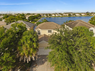 Royal Palm Beach Single Family Home For Sale: 222 Berenger Walk
