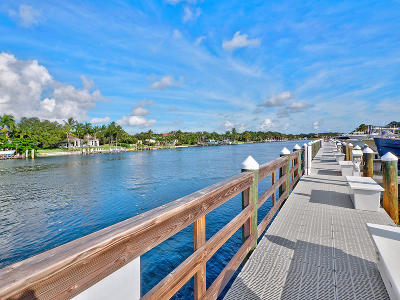 Juno Beach Condo For Sale: 724 Bay Colony Drive S