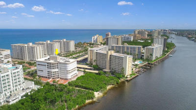 Highland Beach Condo For Sale: 3210 S Ocean Boulevard #404