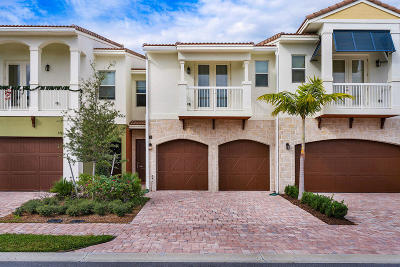 Boca Raton Townhouse For Sale: 100 NW 69th Circle #53