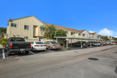 Townhouse For Sale: 6238 Riverwalk Lane #5