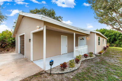 Fort Pierce Single Family Home For Sale: 3819 Saint Benedicts Road
