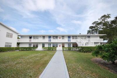 Deerfield Beach Condo For Sale: 135 Farnham F