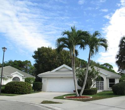 Hobe Sound Single Family Home Contingent: 7409 SE Marsh Fern Lane