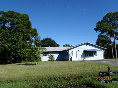 Fort Pierce Single Family Home For Sale: 5902 Hickory Drive