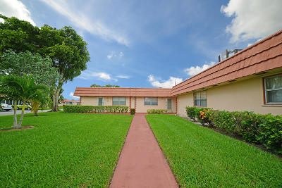 Delray Beach Single Family Home For Sale: 71 Valencia #C