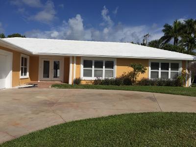 Riviera Beach Single Family Home For Sale: 1170 Gulfstream Way