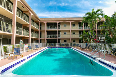Pompano Beach Condo For Sale: 100 SE 6th Avenue #203