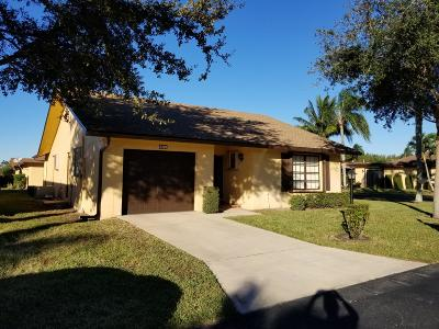 Greenacres Single Family Home For Sale: 6329 Lakemont Circle