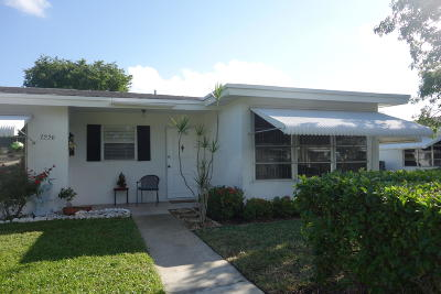 Lake Worth Single Family Home For Sale: 7228 W Oakridge Circle