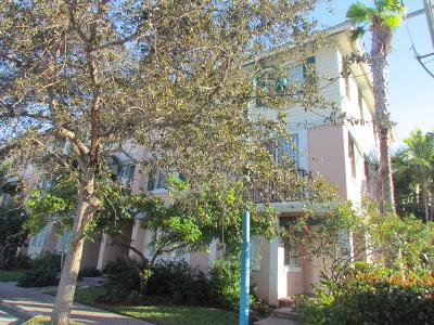 Delray Beach Townhouse For Sale: 260 NE 3rd Street #4-D