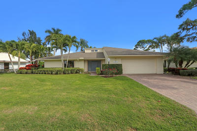 West Palm Beach Single Family Home For Sale: 13876 Greensview Drive