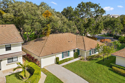 North Palm Beach Single Family Home For Sale: 11316 Glen Oaks Court #Plus 40f