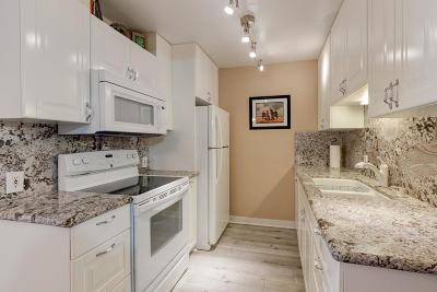 Deerfield Beach Condo For Sale: 3067 Newport Q #3067