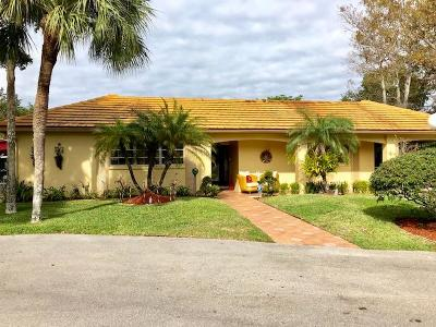 Pompano Beach Single Family Home For Sale: 1019 E Cypress Drive #V-28