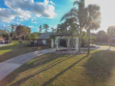 Wellington Single Family Home For Sale: 13796 Doubletree Trail