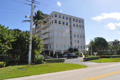 Palm Beach Condo For Sale: 3230 S Ocean Blvd #B304