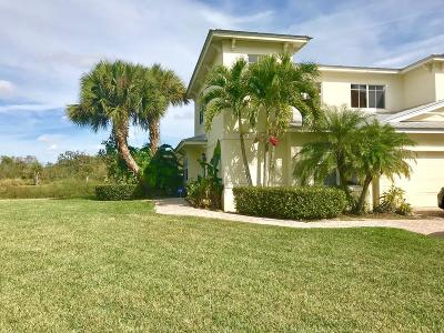 Fort Pierce Townhouse For Sale: 3916 Sabal Way