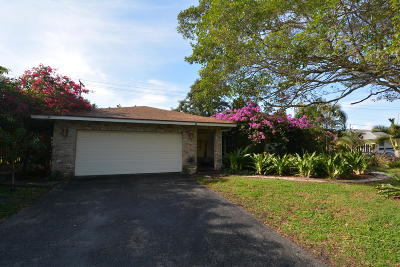 Delray Beach Single Family Home For Sale: 610 Heron Drive