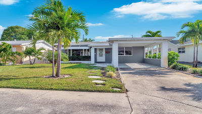 Lake Worth Single Family Home For Sale: 1720 J Terrace