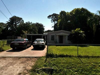 Fort Pierce Single Family Home For Sale: 2107 Elizabeth Avenue