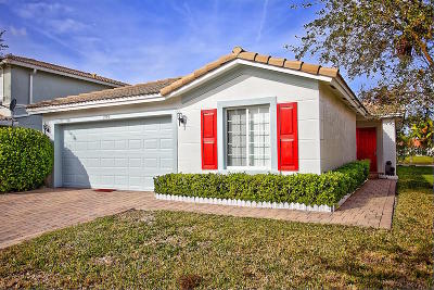 Port Saint Lucie Single Family Home For Sale: 1995 SW Jamesport Drive