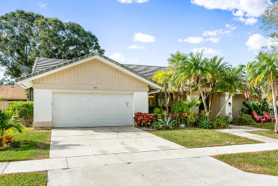 Jupiter Single Family Home For Sale: 185 Bayberry Place
