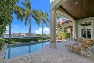 Palm Beach County Single Family Home For Sale: 4026 S Ocean Boulevard