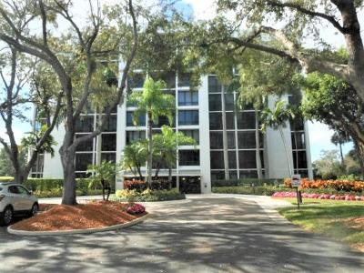 Boca Raton Condo For Sale: 7835 Lakeside Boulevard #956