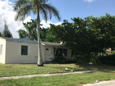West Palm Beach Single Family Home Contingent: 2341 Cypress Road