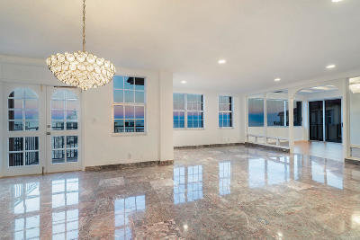Palm Beach Condo For Sale: 3475 S Ocean Boulevard #7