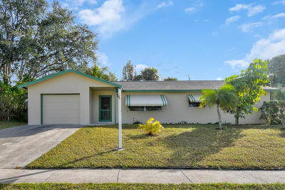 Jupiter Single Family Home For Sale: 401 Circle East