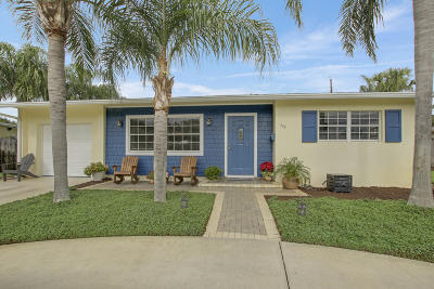 North Palm Beach Single Family Home Contingent: 429 Driftwood Road