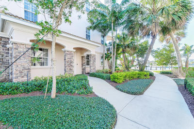 North Palm Beach Condo For Sale: 13541 Treasure Cove Circle #1
