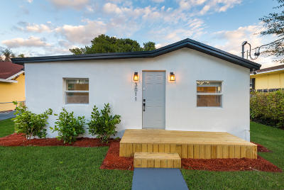 Miami Single Family Home For Sale: 3011 NW 66th Street