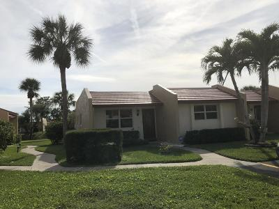 West Palm Beach Single Family Home For Sale: 446 Lake Carol Drive