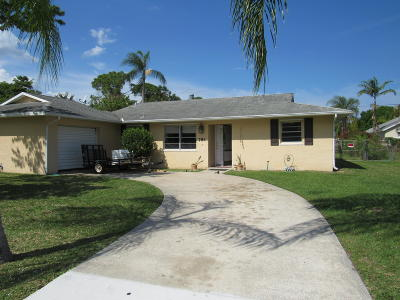 Port Saint Lucie Single Family Home For Sale: 781 SE Sweetbay Avenue