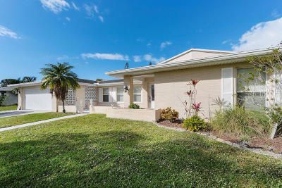 Port Saint Lucie Single Family Home For Sale: 2972 SE Santa Anita Street