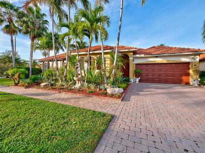 Boynton Beach Single Family Home For Sale: 4965 Tropical Garden Drive