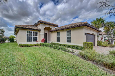 Lake Worth Single Family Home For Sale: 7139 Prudencia Drive