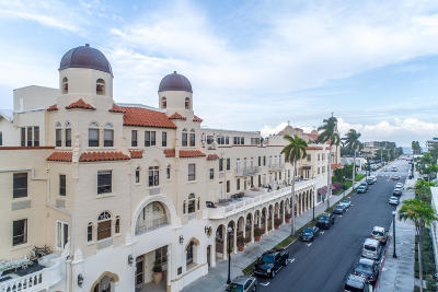 Palm Beach Condo For Sale: 235 Sunrise Avenue #3004