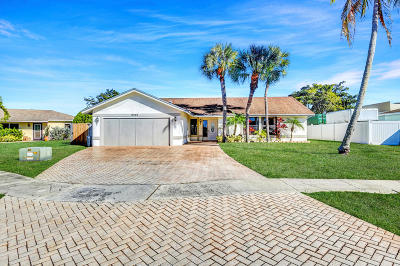 Boca Raton Single Family Home For Sale: 9261 Southampton Place