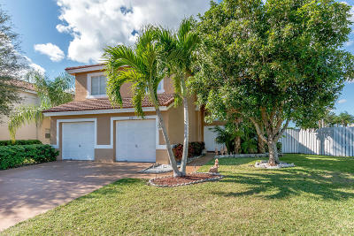 Lake Worth Single Family Home For Sale: 5221 Prairie Dunes Village Circle