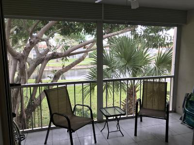 Delray Beach Condo For Sale: 14721 Bonaire Boulevard #212