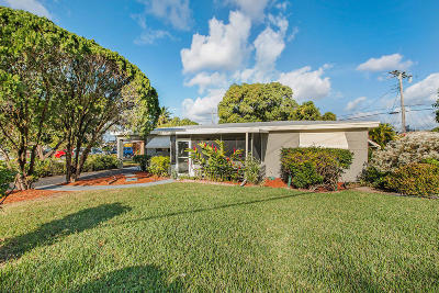 Miramar Single Family Home For Sale: 6801 SW 27th Street
